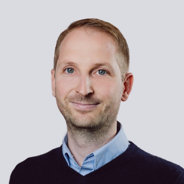 EXIM-Mitarbeiter | Johannes Deluggi