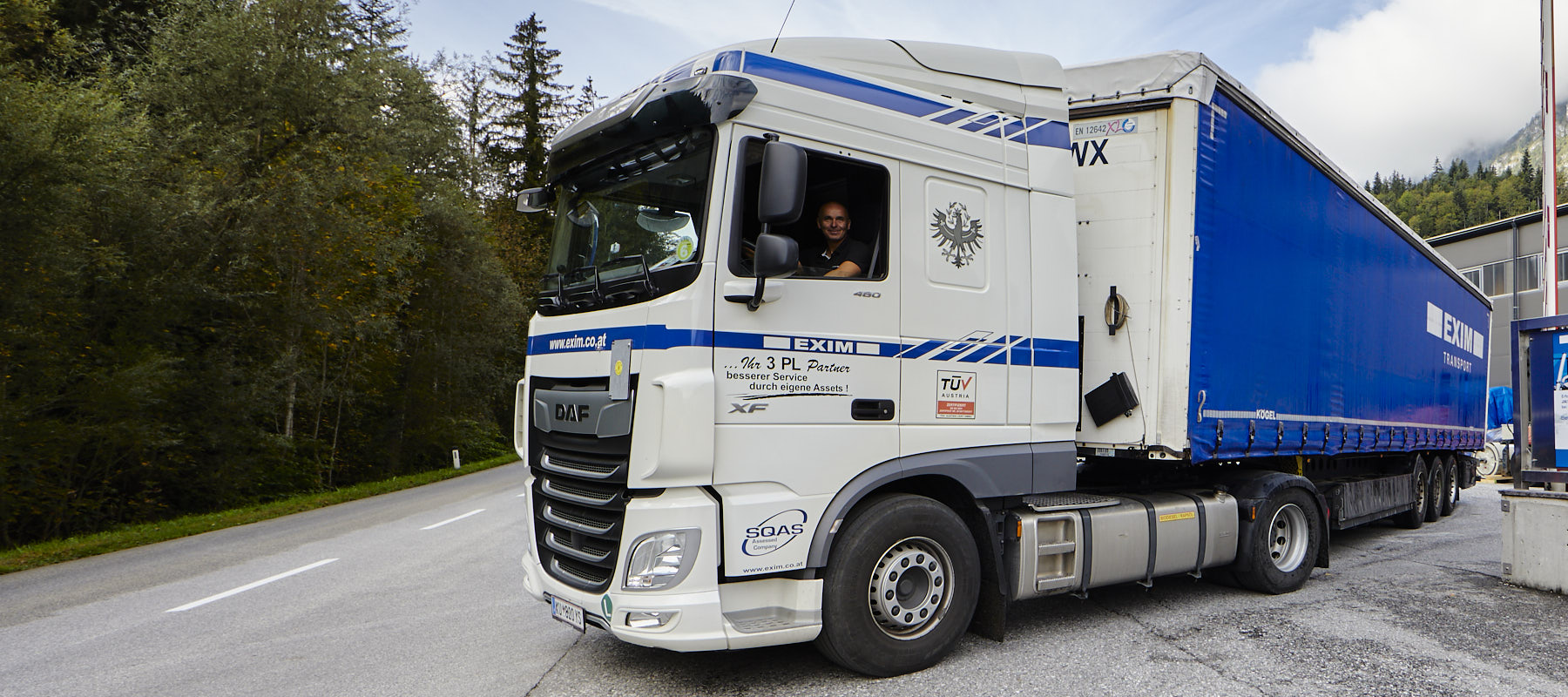 EXIM-Transport-LKW-Fahrer